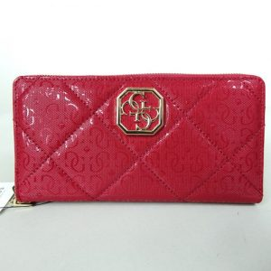 Porte travers Dilla collection 2021 Guess